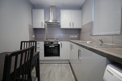 3 bedroom house to rent - Filbert Street, Leicester,