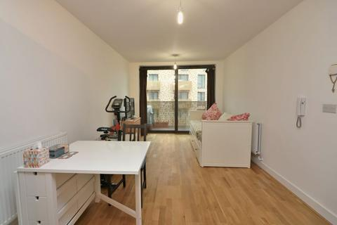 1 bedroom apartment to rent - Nelson Walk, Bow. E3