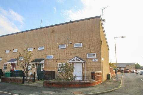 2 bedroom end of terrace house to rent - Bold Street, Hulme, Manchester, M16