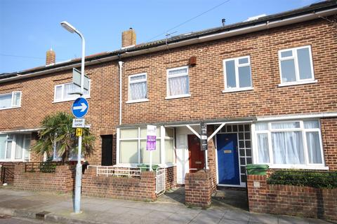 5 bedroom terraced house to rent - Bath Road, Southsea