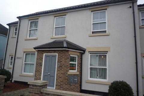 Studio to rent - Caernarvon Road Norwich