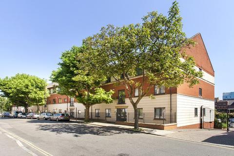 2 bedroom apartment for sale - Tollington Way, Islington, London, N7