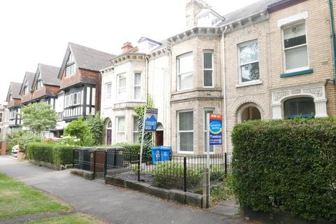 3 bedroom flat to rent - Flat 4, 30 Westbourne Avenue, Hull, HU5 3HR