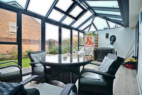 2 bedroom bungalow for sale - Muscroft Road, Cheltenham, Gloucestershire