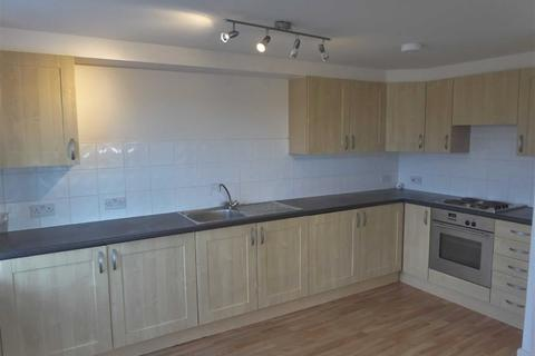 2 bedroom flat to rent - City View, Highclere Avenue, Cheetwood