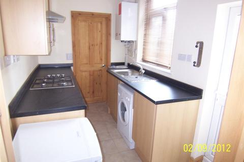 3 bedroom terraced house to rent - Leopold Road, Leicester