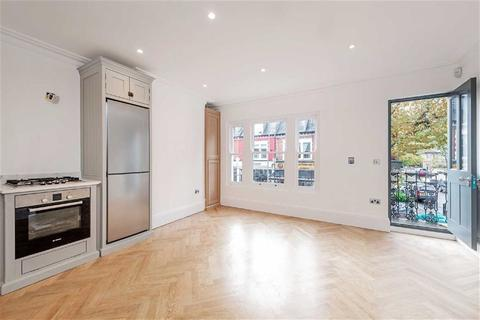 3 bedroom flat for sale - Wandsworth Bridge Road, Fulham, London, SW6