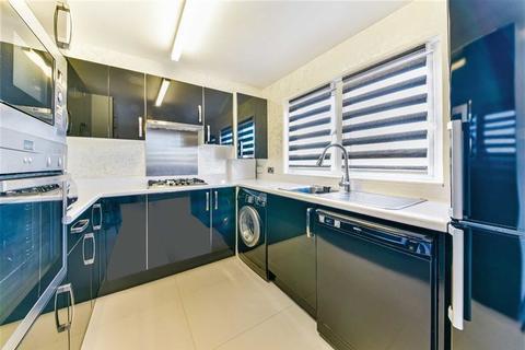 3 bedroom flat for sale - Brunswick Road, Sutton