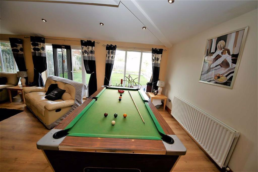 Dining room/ games room