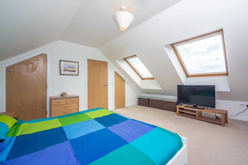Main Bedroom towards Stairs