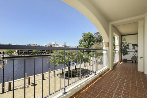 3 bedroom apartment  - 24/20 Royal Street, EAST PERTH, WA 6004