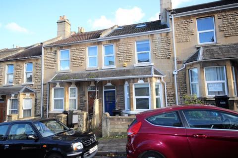 6 bedroom terraced house to rent - St. Kildas Road, Bath