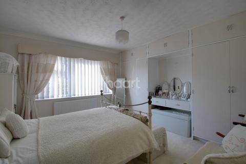 2 bedroom bungalow for sale - Low Rd, Elm