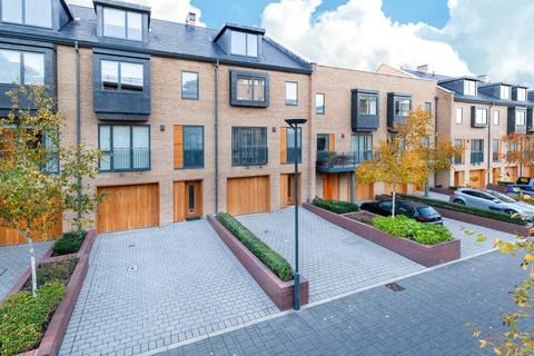 4 bedroom townhouse for sale - Kingsley Walk, Cambridge, CB5
