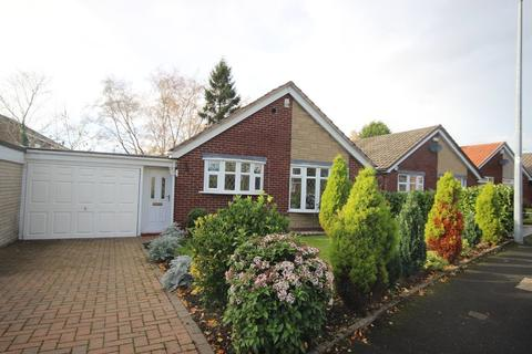 2 bedroom detached bungalow for sale - Wyre Drive, Boothstown