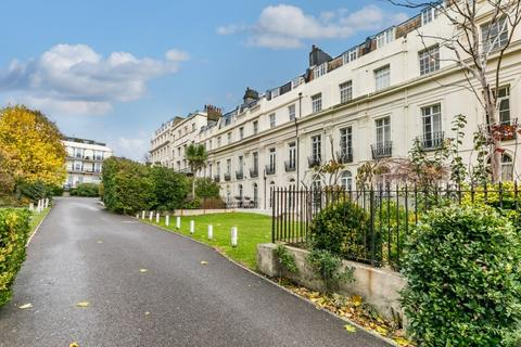 2 bedroom flat for sale - Sillwood Place, Hove, East Sussex, BN1