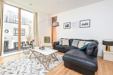 2 bedroom flat for sale - Deodar Road, Putney