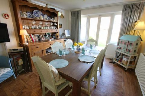 4 bedroom detached house for sale - Rothesay Avenue, Chelmsford