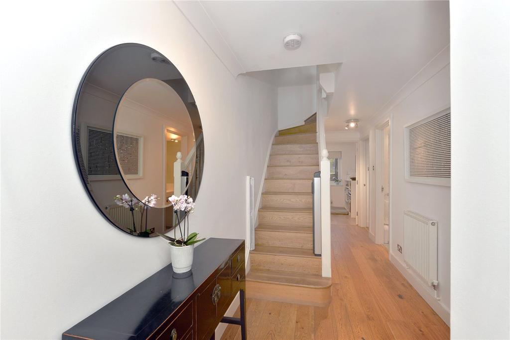 Hallway / Stairs