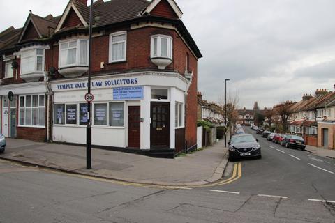 Office to rent - Bensham Lane, Thornton Heath, Surrey CR7
