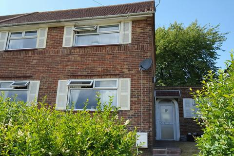 2 bedroom semi-detached house to rent - Norwich Drive, Bevendean