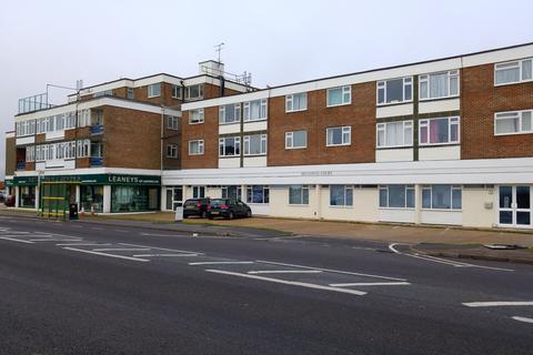 1 bedroom flat to rent - Broadway Court, Brighton Road, Lancing BN15