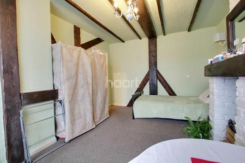 1 bedroom maisonette for sale - Valence Wood Road, Dagenham