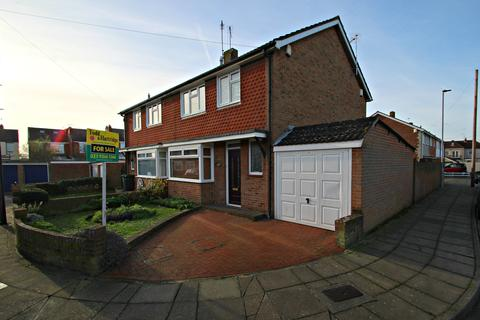 3 bedroom semi-detached house for sale - Copnor, Portsmouth PO3