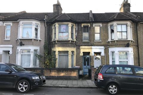 2 bedroom terraced house for sale - 72 London Road, London