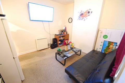 2 bedroom flat to rent - Cowgate, Norwich
