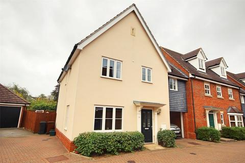 4 bedroom detached house to rent - Taylor Way, Great Baddow, CHELMSFORD, Essex
