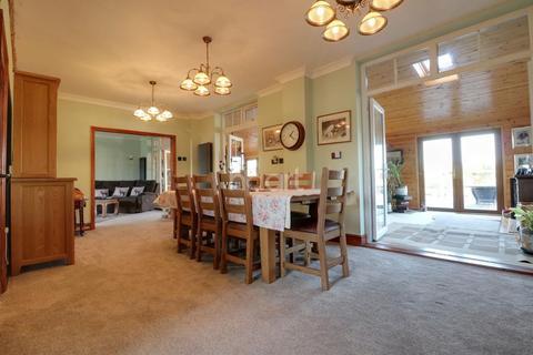 4 bedroom detached house for sale - Manea