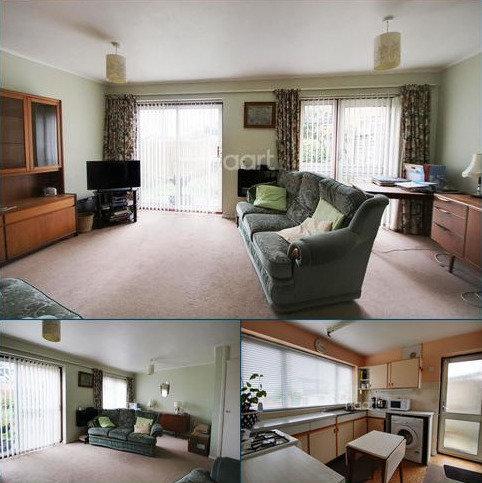 3 bedroom semi-detached house for sale - Briar Close, Ashford, Kent, TN24