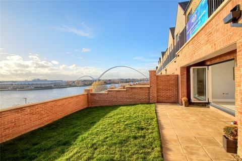 4 bedroom end of terrace house for sale - Infinity Way, Infinity Riverside