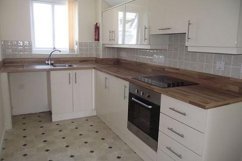 2 bedroom flat to rent - Cranstar Apartments, Newquay