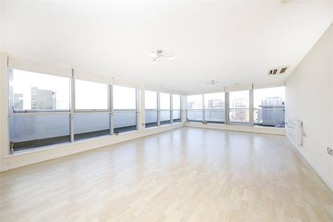 3 bedroom penthouse for sale - Flat 57, Switch House, 4 Blackwall Way, London, E14