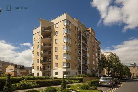2 bedroom flat for sale - Susan Constant Court, 14 Newport Avenue, London, E14