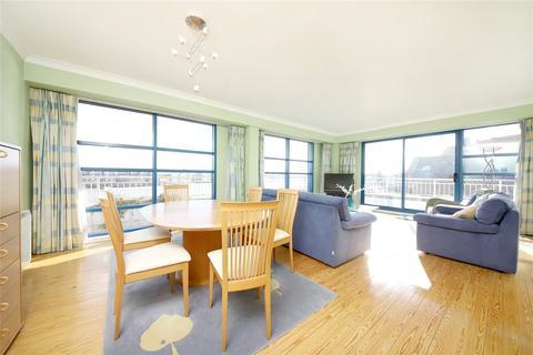 3 bedroom penthouse for sale - Mauretania Building, 4 Jardine Road, London, E1W