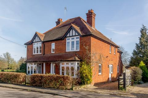 5 bedroom detached house for sale - The Street, Greywell, Hook, Hampshire