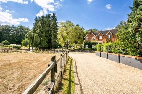 4 bedroom detached house for sale - Titness Park, London Road, Ascot, Berkshire