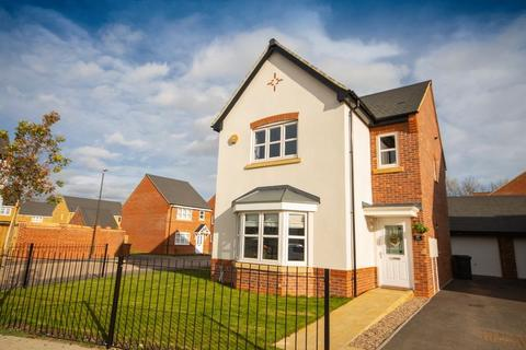 4 bedroom detached house for sale - Tutbury Avenue, Littleover