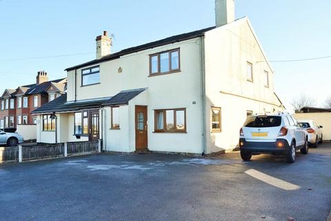 3 bedroom cottage for sale - Southport Road, Barton