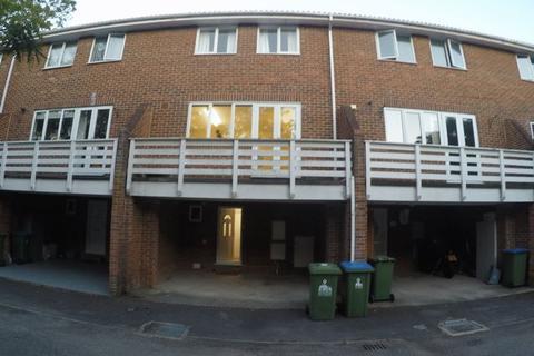 4 bedroom house share to rent - Winn Road, Southampton