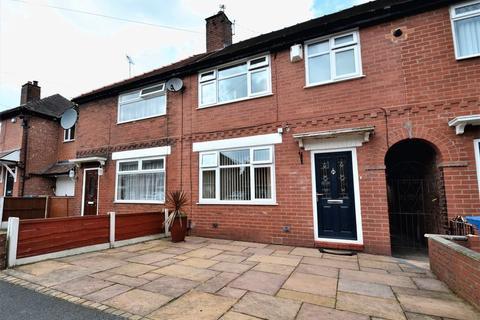3 bedroom semi-detached house for sale - Deepdale Drive, Swinton, Manchester