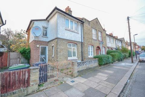 2 bedroom end of terrace house for sale - Chesthunte Road, Tottenham
