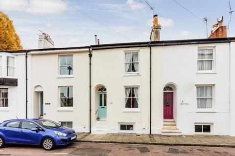 3 bedroom townhouse for sale - Sussex Road, Southsea