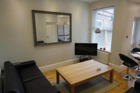 5 bedroom house to rent - Cawdor Road, Fallowfield, Manchester