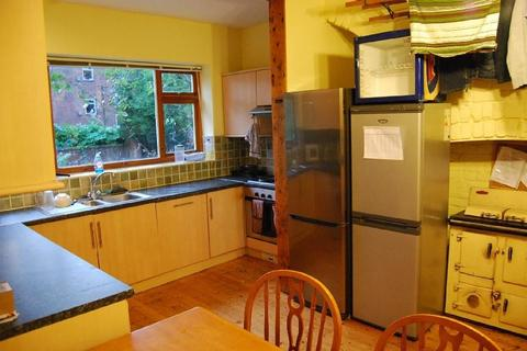 8 bedroom house to rent - Victoria Road, Fallowfield, Manchester