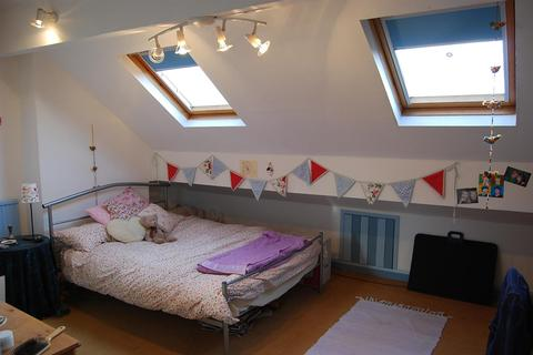 4 bedroom house to rent - Davenport Avenue, Withington, Manchester