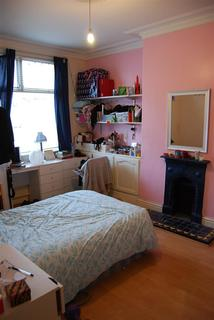 5 bedroom house to rent - Davenport Avenue, Withington, Manchester